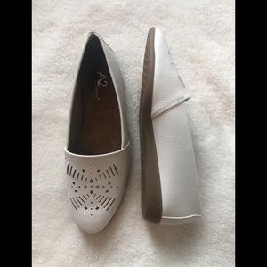 A2 by Aerosoles Loafers White Shoes 7.5